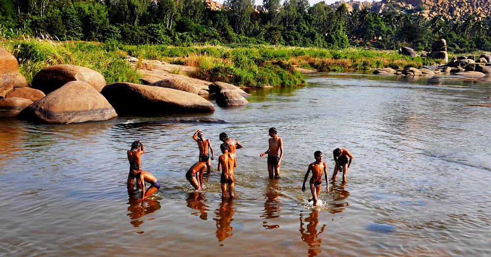 Photo in Journalism #fredo #fredo-hampi #fredo-india