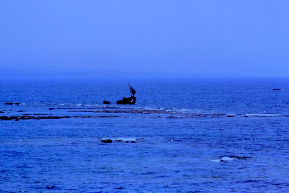 Photo in Sea and Sand #amateur sailor #side #antalya #turkey #diapositive #shot taken with #asahi pentax mx #full screen