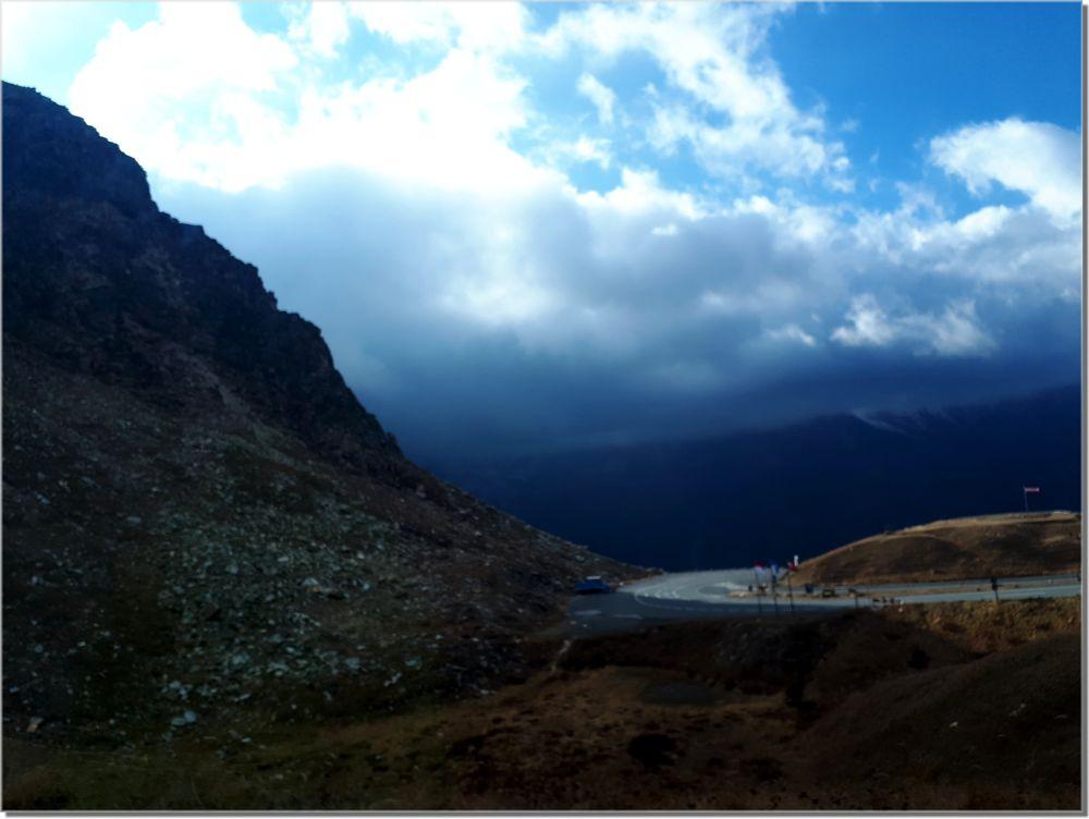 Photo in Landscape #landscape #mountains #street
