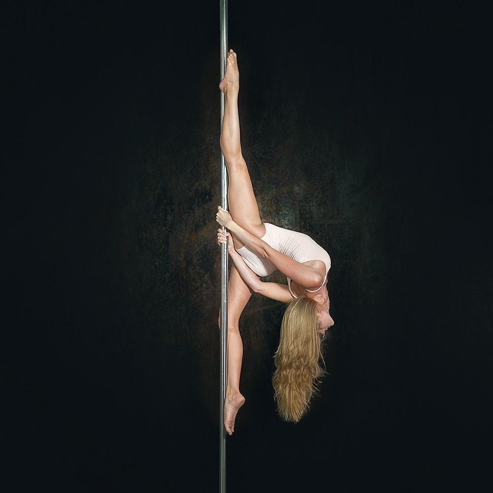 Photo in People #pole #dance #gymnastics #split #spagat #dancer #sexy