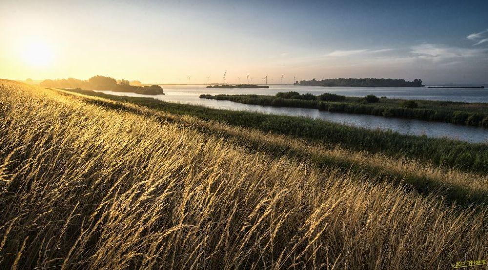 Photo in Landscape #landscape #eemmeer #eempolder #tourist #travel #netherlands #thhoang