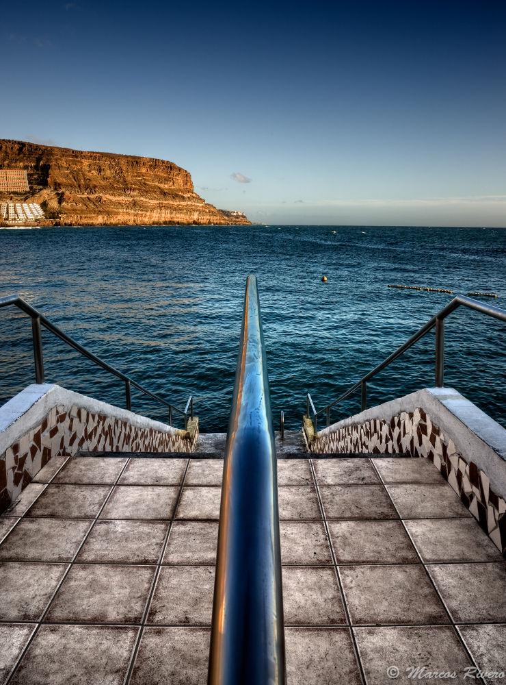 Photo in HDRI #canary islands #spain #gran canaria #port #mogán #hotel #sky #mountain #railing #symmetry #hdr #fall #beach