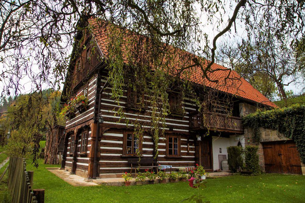 Photo in Random #house #traditional #farm #tree #czech republic