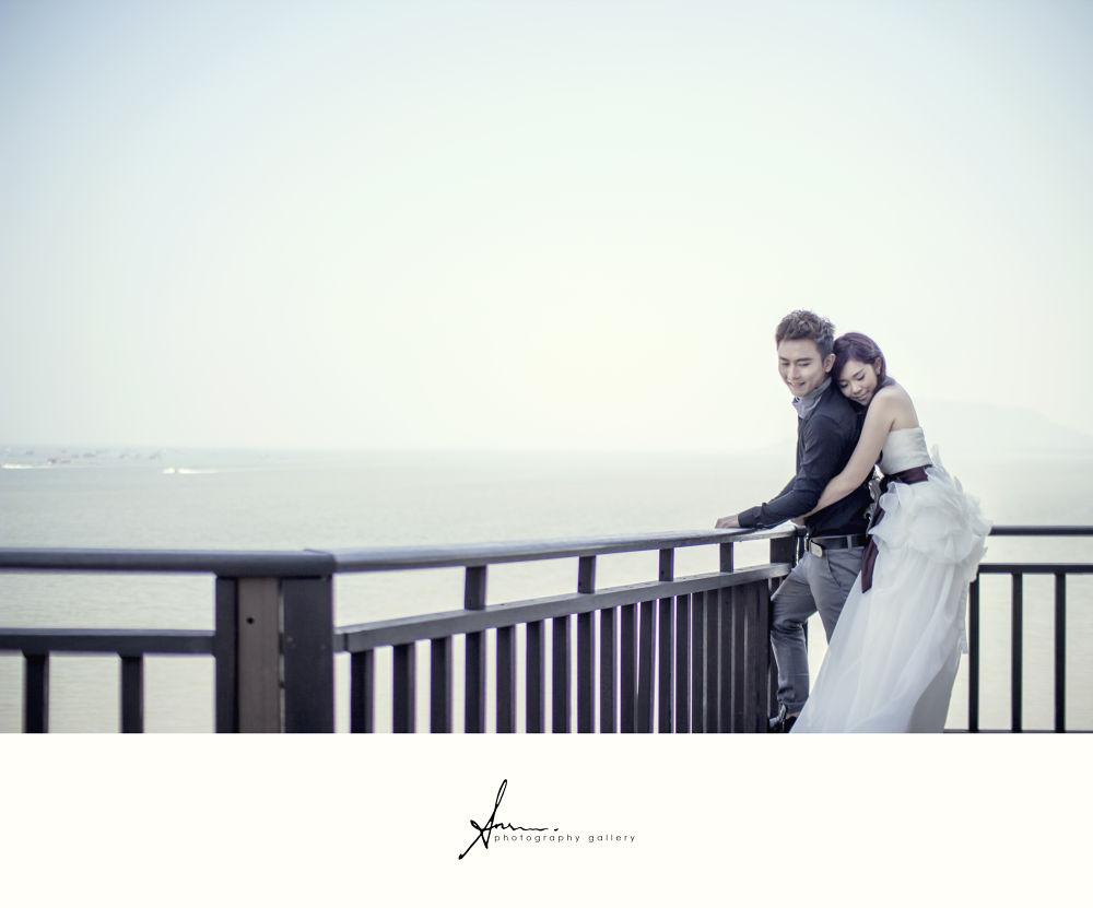 Photo in Wedding #pre-wedding #wedding #bride #groom #gown