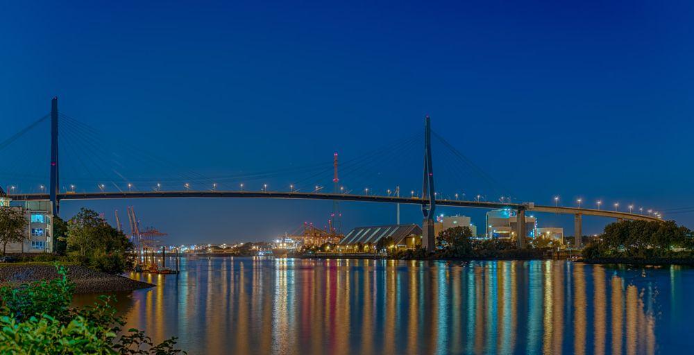 Photo in Random #hamburg #köhlbrandbrücke #nacht