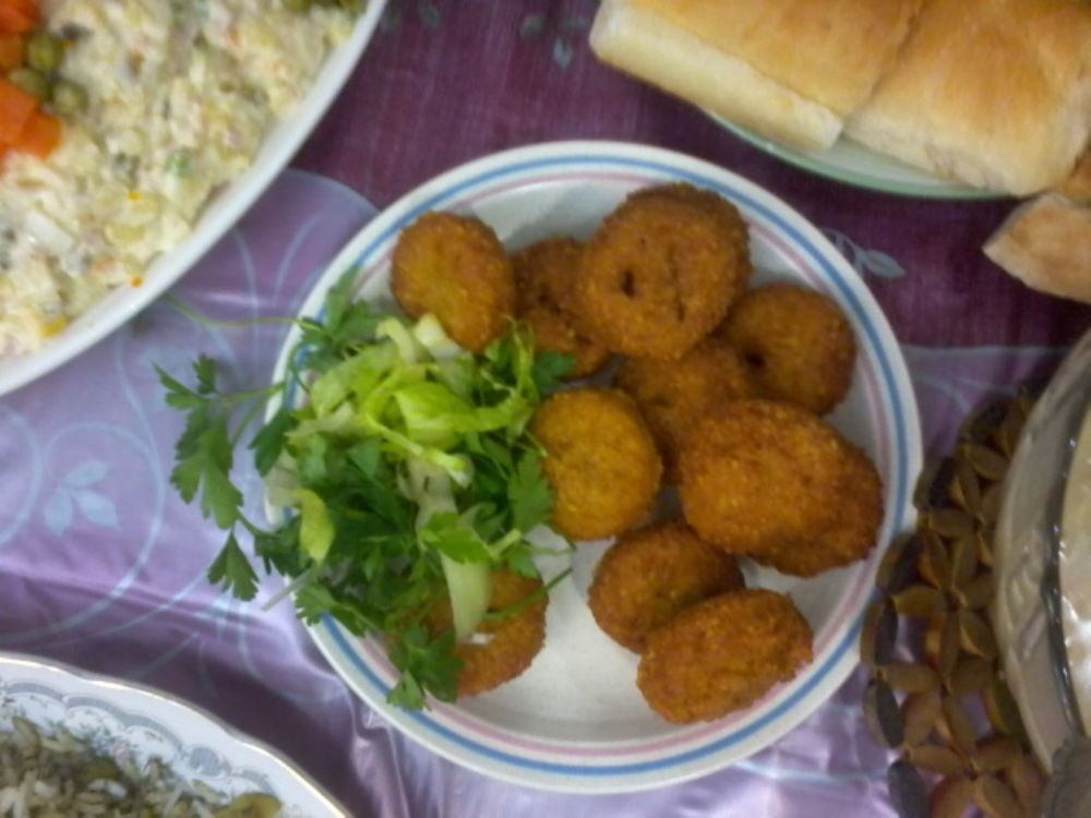 Photo in Food #سبز #سفسد #نان