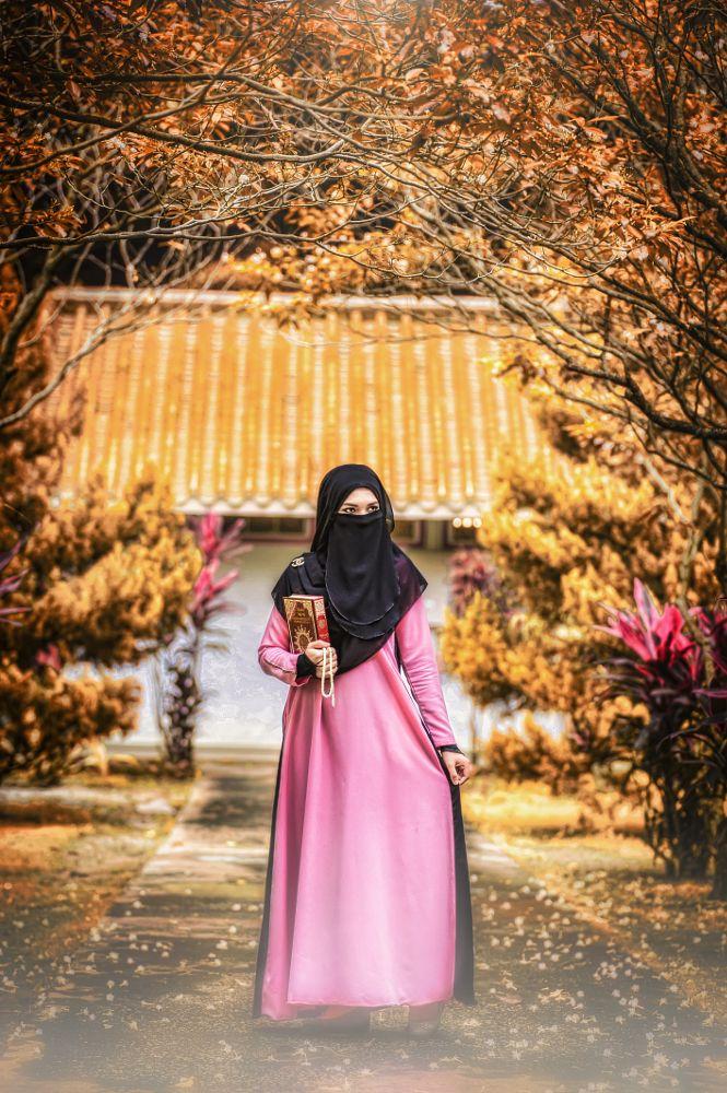 Photo in Portrait #autumn #hijab #muslimah