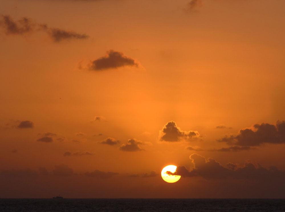 Photo in Landscape #amanecer #sol #mar #nubes