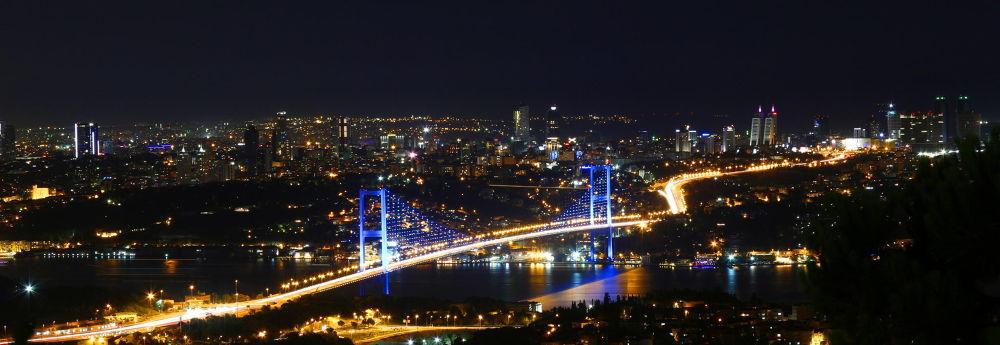 Photo in Urban #bosphorus #beylerbeyi #boğaz #boğaziçi #istanbul #köprü #turkey #landscape #sea #city