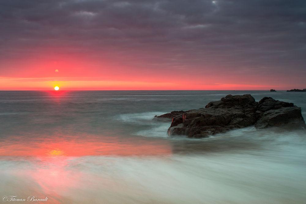 Photo in Sea and Sand #sunset #vendée #nikon #roc #sea #beach #france