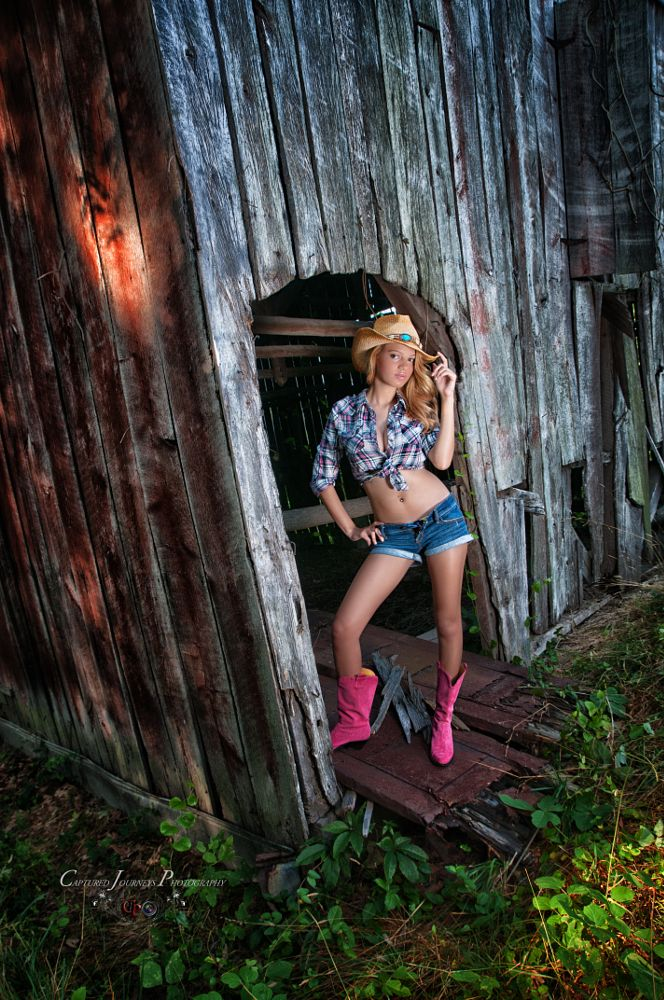 Photo in People #model #barn #country #beautiful #young #sexy