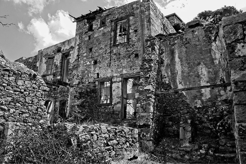 Photo in Architecture #ruins #buildings