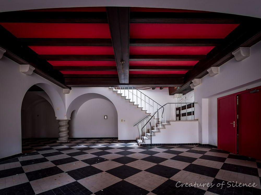 Photo in Urban #abandoned #architecture #belgium #building #decay #derelict #exploration #exploring #forgotten #hdr #hotel #indoor #lost #old #urban #urbex