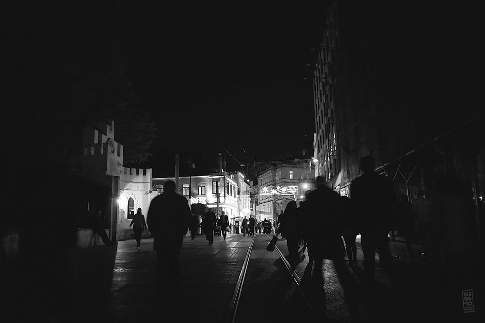 Photo in Street Photography #street #night #silhouettes #istiklal