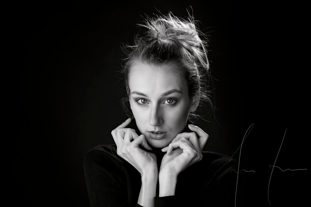 Photo in Portrait #women #studio #shadow #black and white #portrait #darknes #soft #light #face #view #hands #blond #hair #nikon #d810 #czech #czechgirl #model #female #youth #girl #beauty #cute #nice