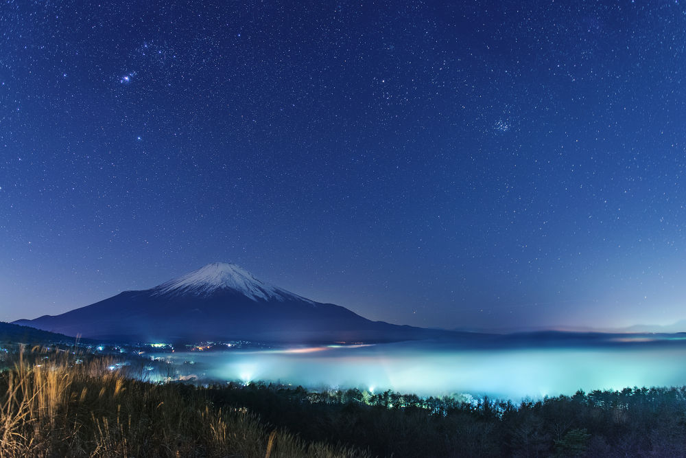 Photo in Random #japan #japanese #yamanashi #yamanakako #yamanaka #lake #mist #nature #landscape #mtfuji #mt.fuji #fujisan #sky #star #snow #photographer #ginjifukasawa #日本 #山梨 #山中湖 #湖 #霧 #景色 #自然 #夜景 #星空 #富士山 #深澤銀二