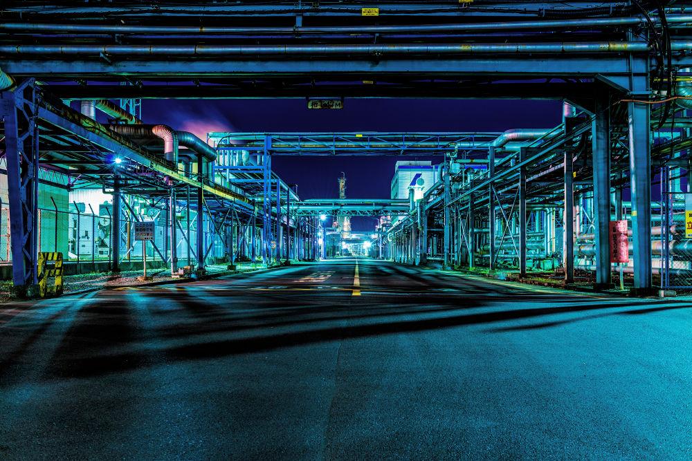 Photo in Random #japan #japanese #kanagawa #kawasaki #night #nightview #factory #iron #street #blue #light #landscape #photographer #ginjifukasawa #日本 #神奈川 #川崎 #夜景 #工場 #工場萌え #鉄 #青 #深澤銀二