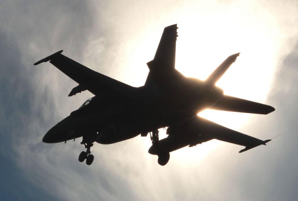 Photo in Random #fa-18 hornet on final approach #virginia.