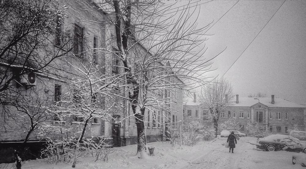 Photo in Street Photography #b&w #snow #blizzard