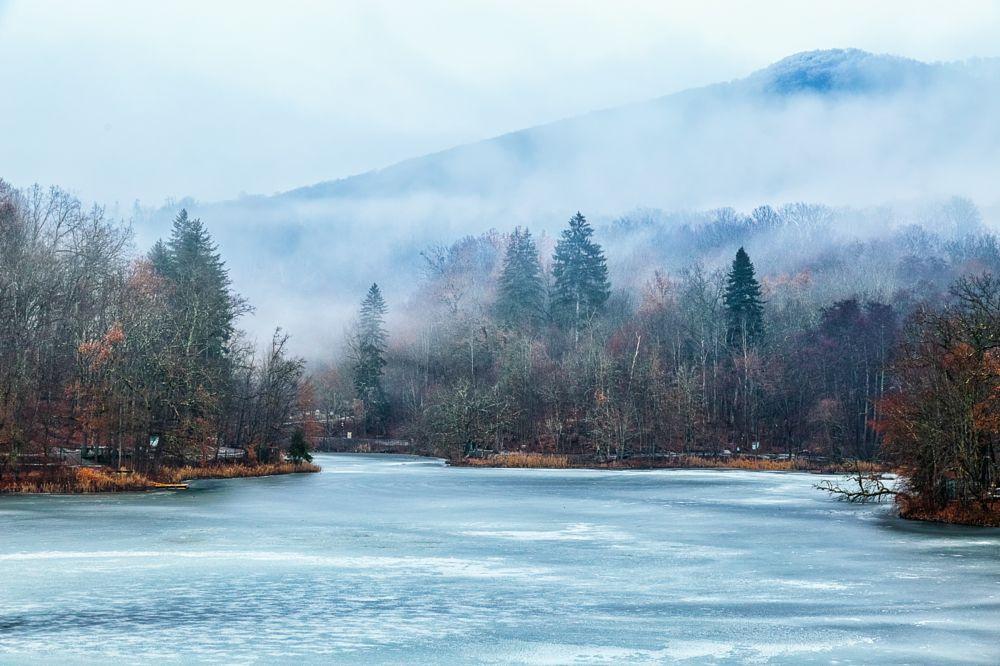 Photo in Landscape #lake #winter #landscape #ice #forest #trees #sovata #romania #fog #sky #cloudy #mystic #gabriel rosca