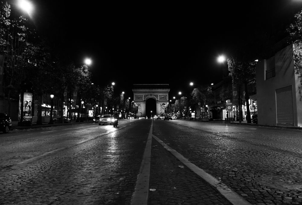 Photo in Street Photography #paris #sony rx 100m2