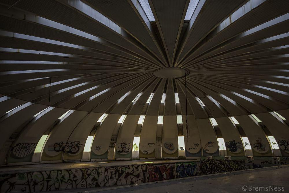 Photo in Urban #abandoned #swimming #pool #explore #exploring #urbex #urban #lost