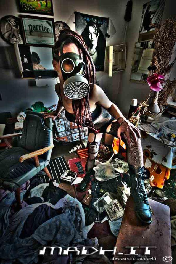 Photo in Random #hdr #cyberpunk #gas mask