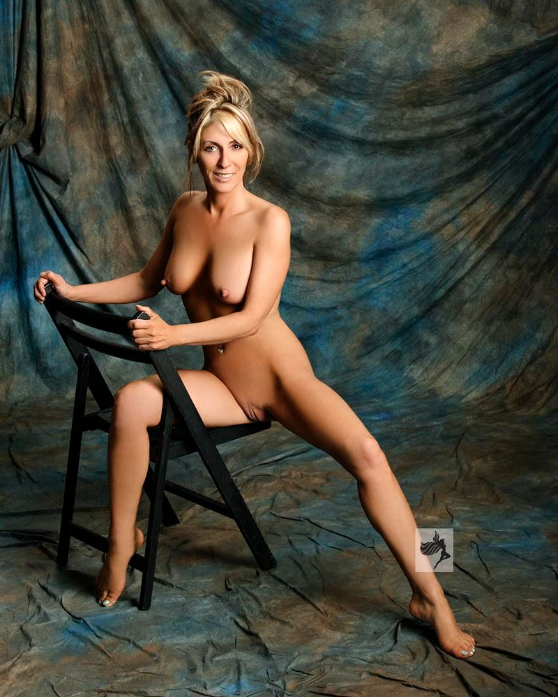Photo in Nude #nude #naked #legs #breast #blonde #sexy #woman #girl #beauty #glamour #pretty #young