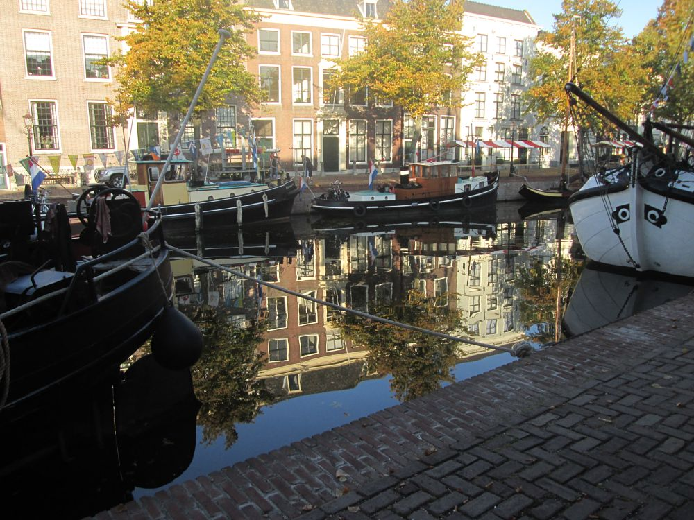 Photo in Cityscape #boats #water #schiedam #morning #reflection