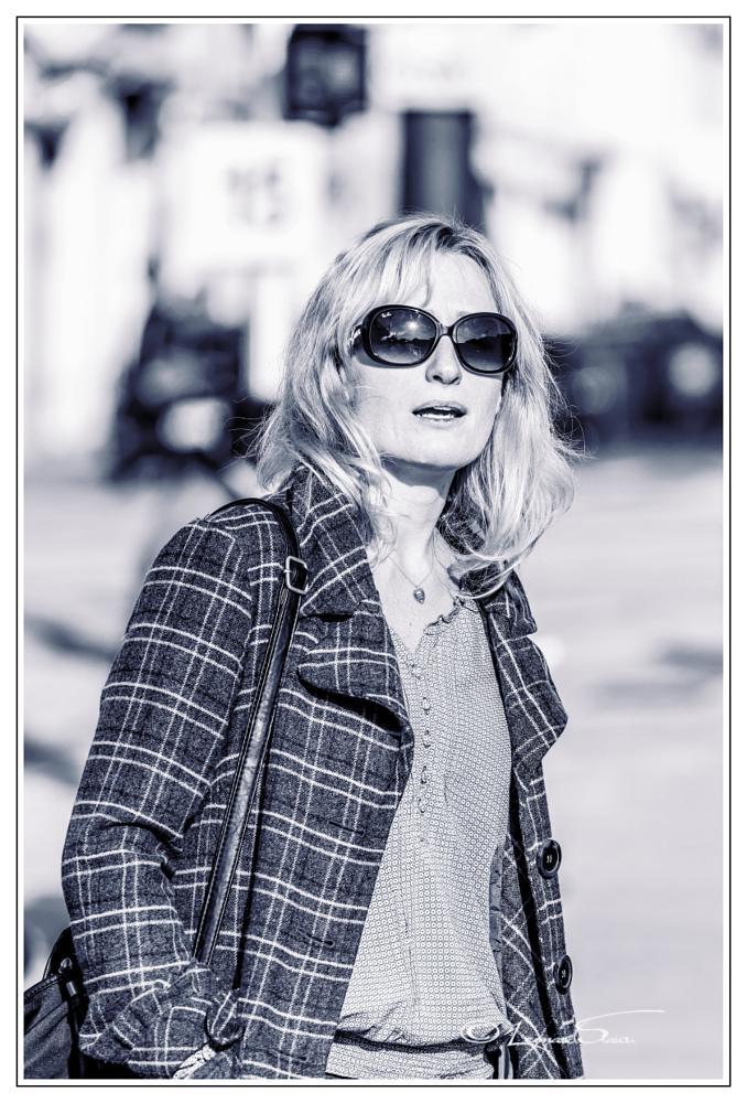Photo in Black and White #femme #portrait #noir et blanc