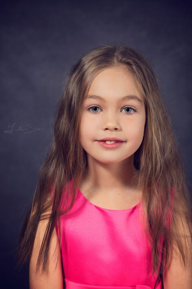 Photo in Portrait #portrait #child #girl #beautiful hair #eyes #yulia star #yulia starostina
