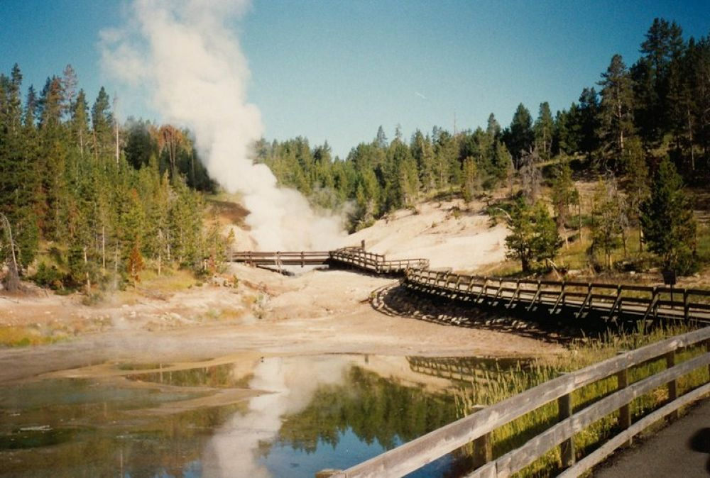 Photo in Random #usa - round trip 1993 - yellow