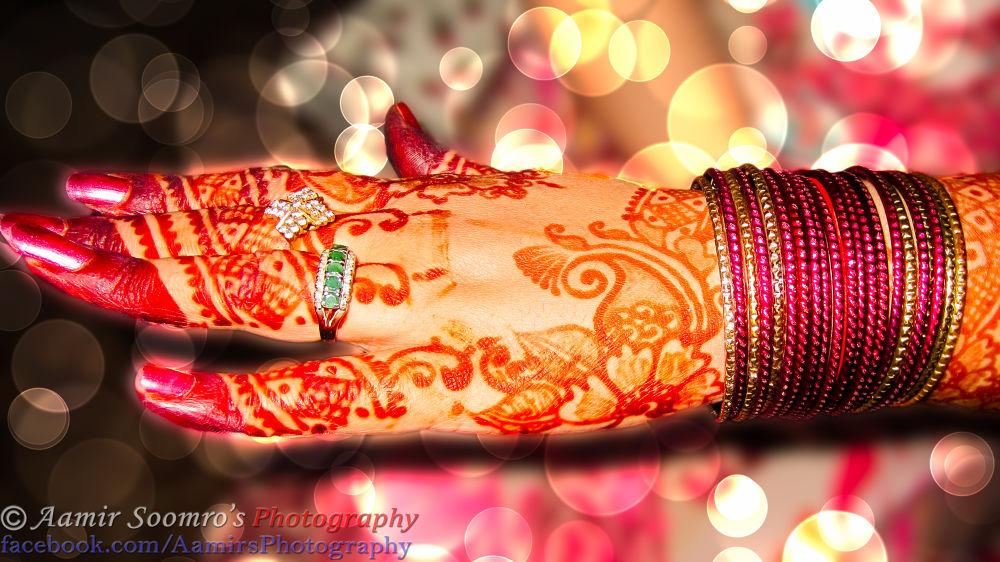 Photo in Fashion #tatto #hand #beauty #design #fashion #henna #bangles #mehndi #rings