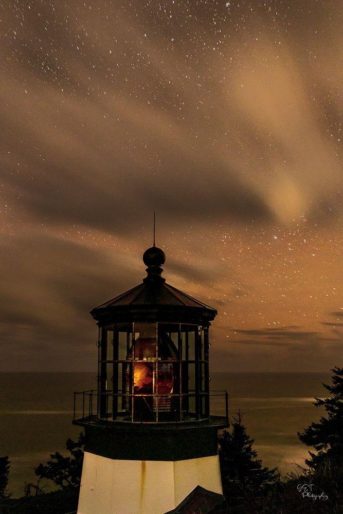 Photo in Random #pnw #oregon #astrophotography #lighthouse