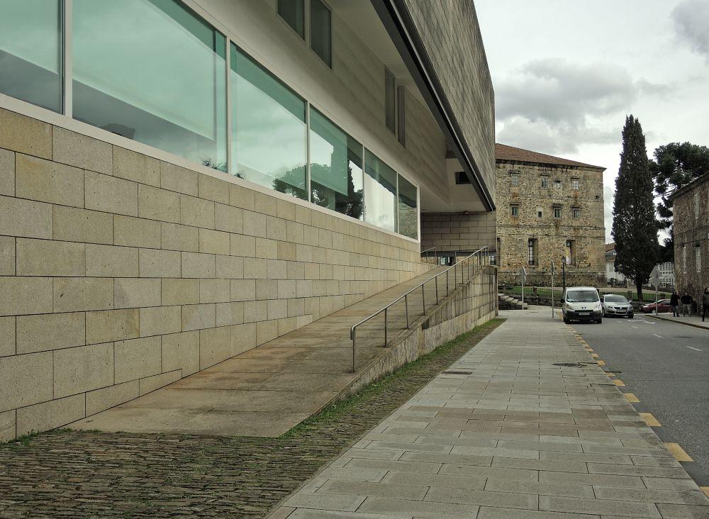 Photo in Architecture #cgac #arquitectura #architecture #museo #alvaro siza #galicia #santiago de compostela #piedra #españa #spain #ciudad #cultura #arte