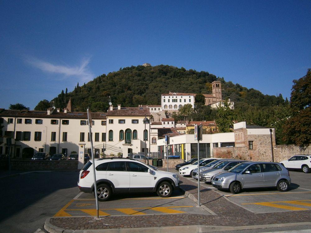 Photo in Cityscape #italy #italia #veneto #monselice #cityscape #automobile #car #parcheggio #parking