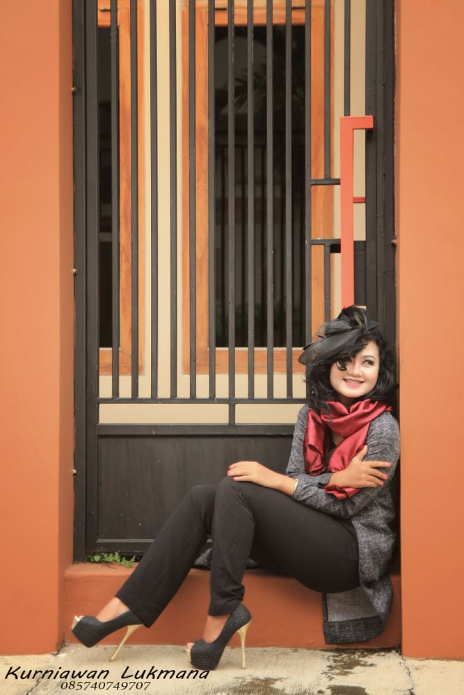 Photo in Portrait #modelportraitwomanframingv