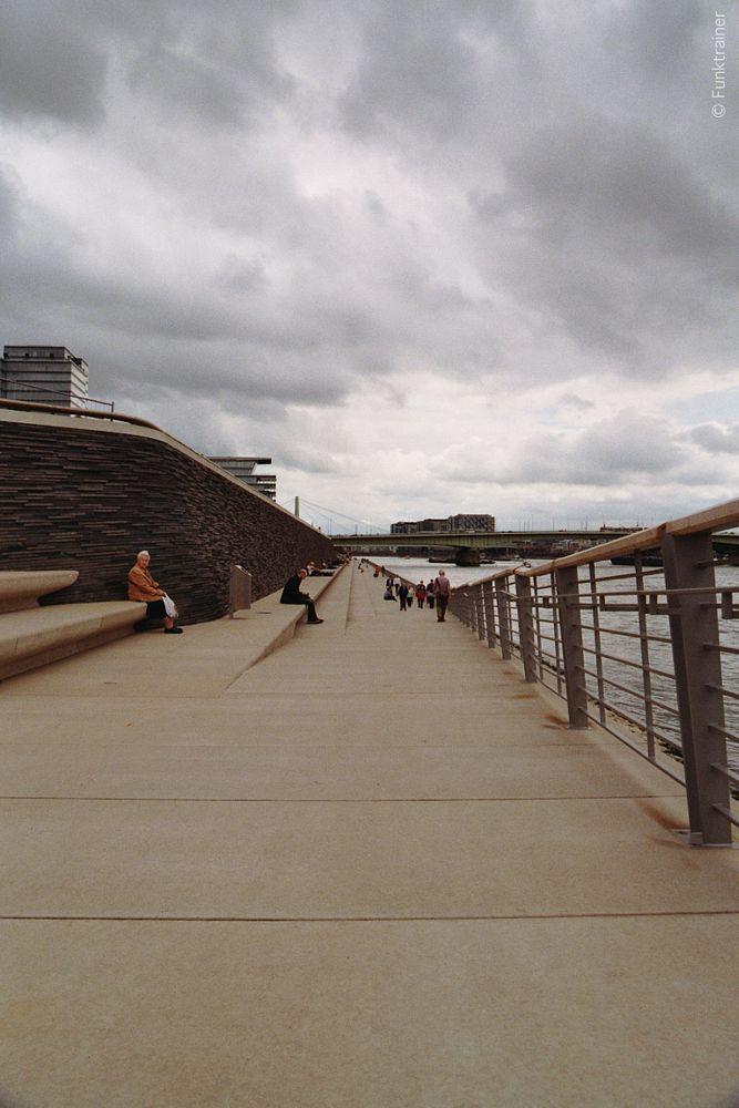 Photo in Architecture #architecture #nikon f2 #nikon f2as #film #analog #25-50mm #35mm #cologne