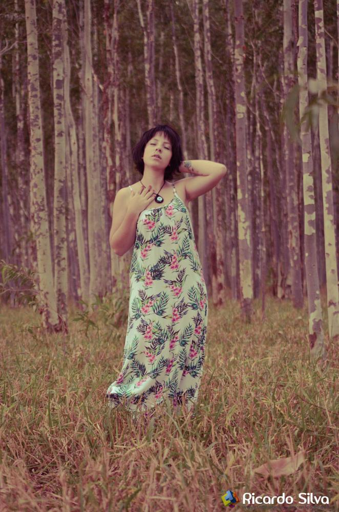 Photo in People #letitbe #vintage #trumbl #beatifulgirl #nature #girl #freedom