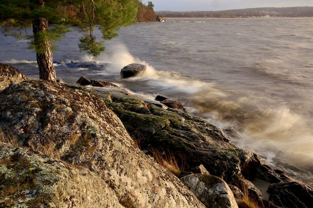 Photo in Random #autumn light mylake cliffs
