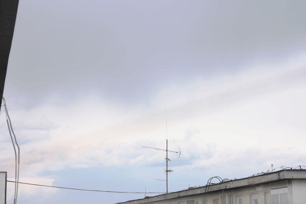 Photo in Random #sky #skyline #neighbourhood #spying