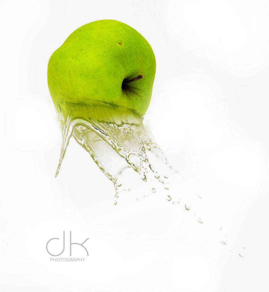 Photo in Product #water #splash #nikond3300 #nikonuser #nikonphotography #fun #fruit #indoor #amazing #great #green #fresh #watersplash #white #nikon #slovenia #lovephotography #photoart #digitalart #photographer #photoshop #youpic #best