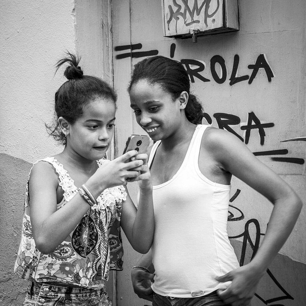 Photo in Street Photography #girls brazil becodobatman p