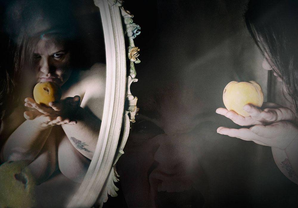 Photo in Nude #assilemozzehg #bbw #oversize #plussize #nudeart #art #nude #specchio #glass #mela
