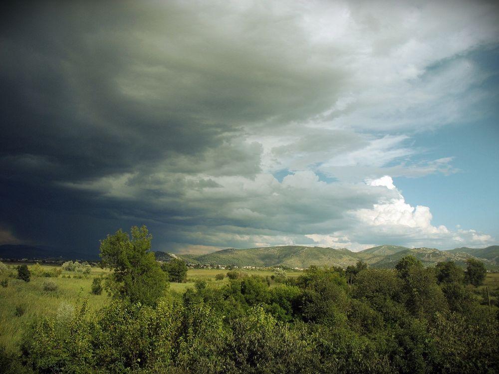 Photo in Landscape #nature #croatia #metković #hrvatska #tree #green #blue #black #sky #awsome #nice #nikon #d3200 #zoom