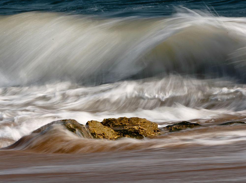 Photo in Nature #waves movement #d90 #rui pereira