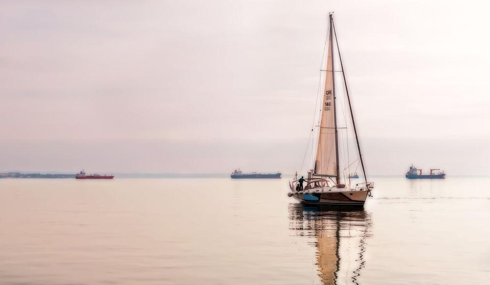 Photo in Sea and Sand #yacht #boat #harbor #thessaloniki #sea #ships
