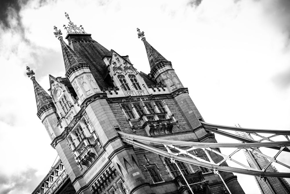 Photo in Black and White #london #londýn #tower bridge #most #bridge #uk #united kingdom #great britain #anglie #england #europe #velká británie #travel #trip #holiday #christmas #vánoce #street #street photography #architecture #blackandwhite #black and white #b&w #xmas #nikon #nikon d600 #d600 #urban #czech #david sury #davidsury.cz