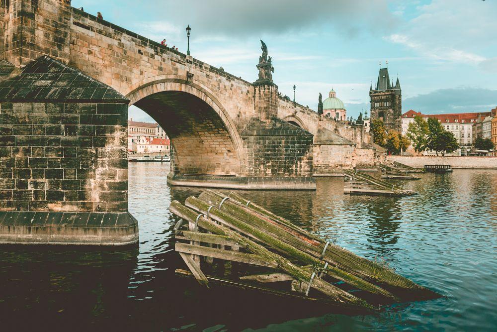 Photo in Travel #charles bridge #bridge #charles #prague #river #vltava #řeka #podzim #autumn #czech republic #česká republika #capital #hlavní město #davidsury.cz #david sury