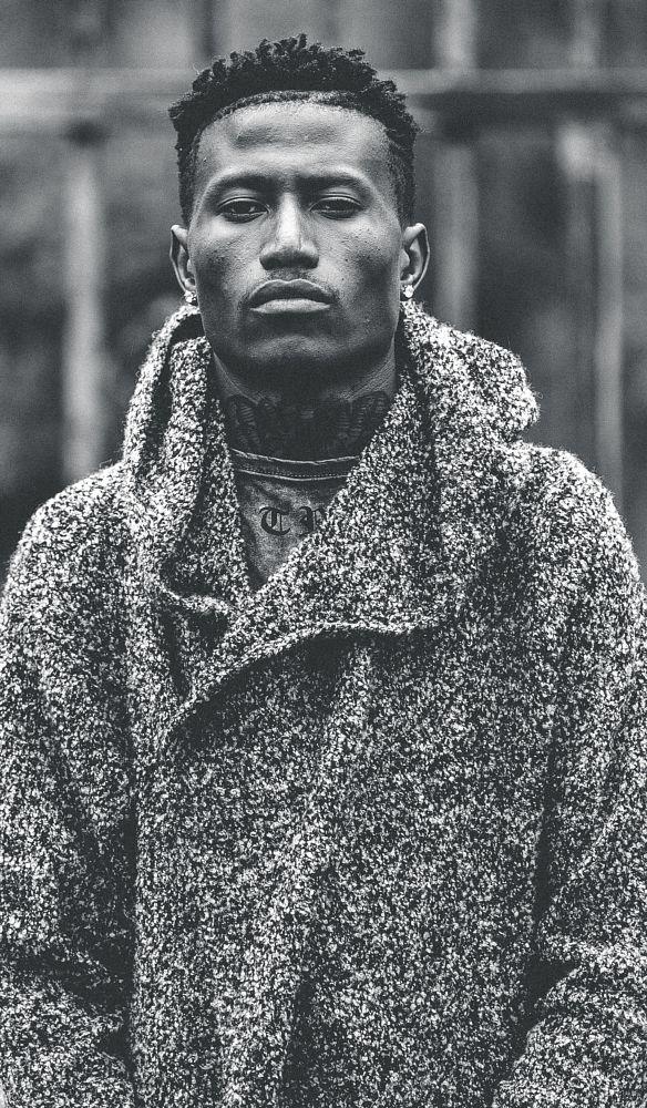 Photo in Portrait #springcontest #potrait #fashion #kenya